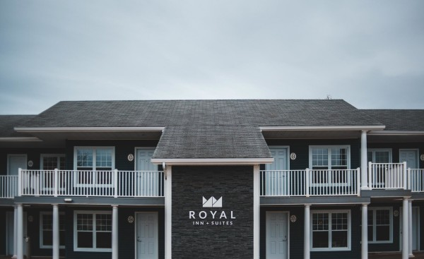 royal-inn-suites-happy-valley-goose-bay-hotel-accommodations-25
